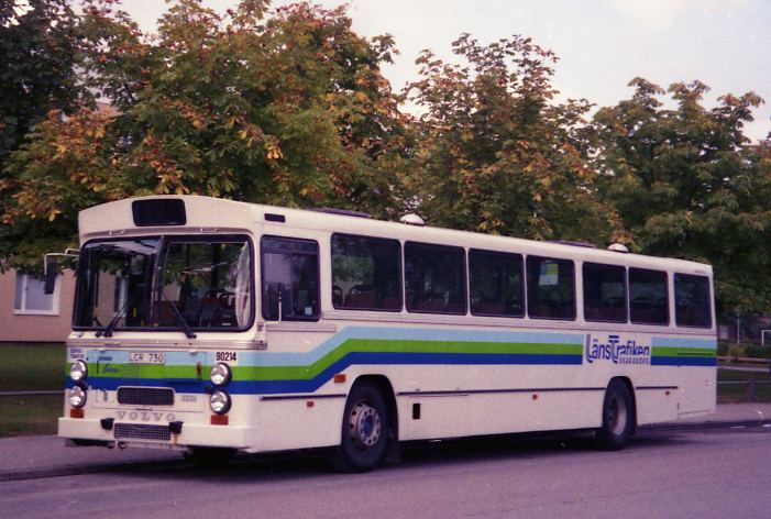 90214 on this occasion parked at a residential street in Lidköping 1999.