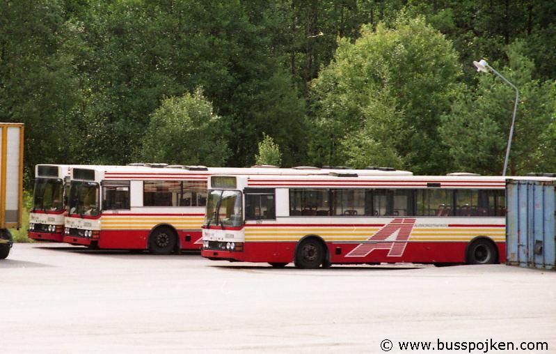 Discarded Borås lokaltrafik buses.
