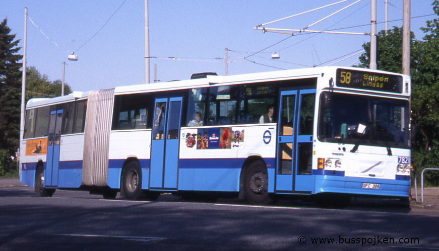 LB 782 at route 58 by Bellevue in 1997.