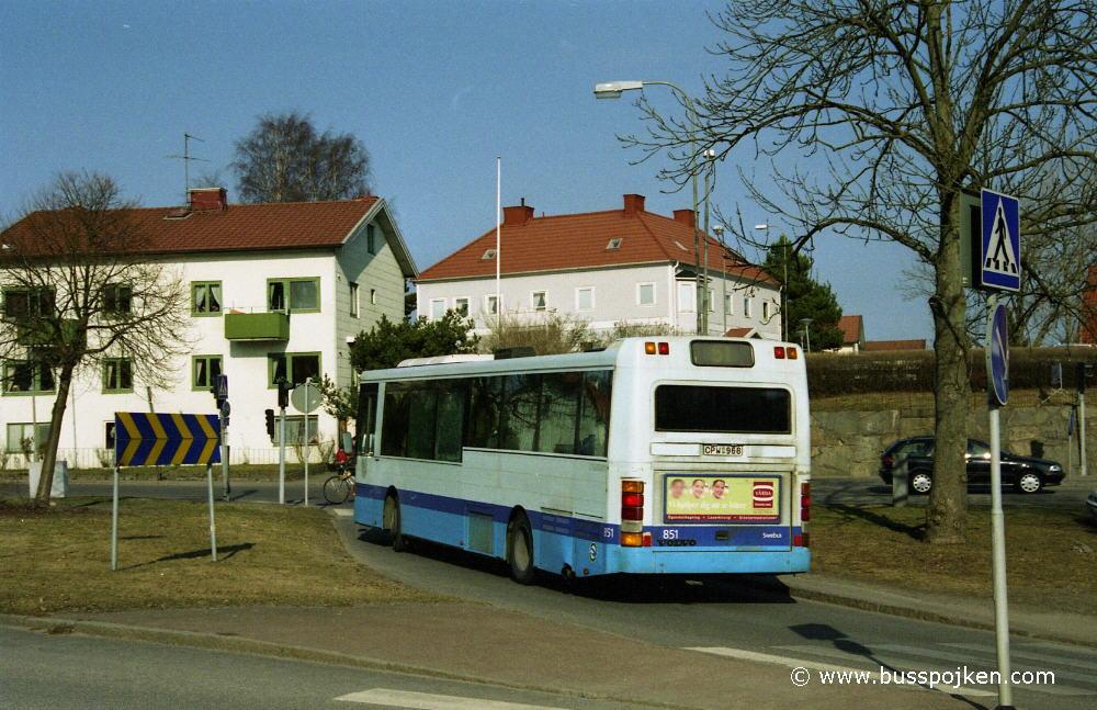 Swebus 851, route 51.