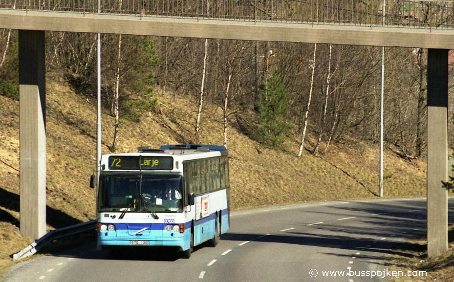 Swebus 700 operating route 72, climbing up to Hammarkullen in 2004.