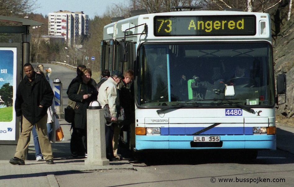 Swebus 4480, route 73 in 2004.