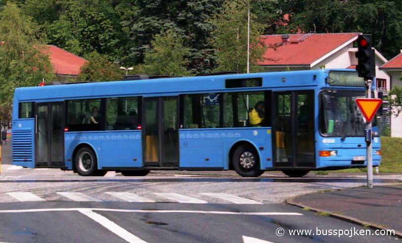 Volvo B10LA GS 18, leaving Marklandsgatan interchange.