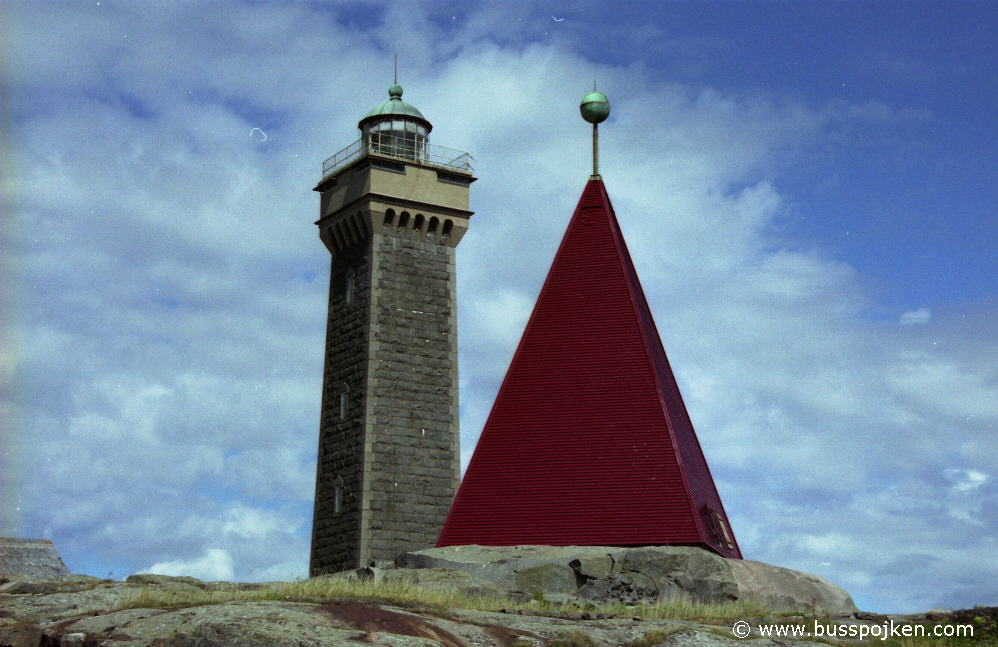 Vinga lighthouse, July 2004.