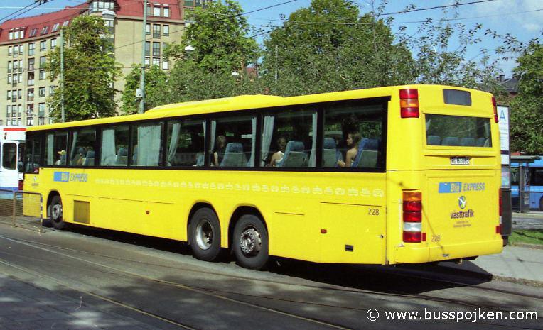 GS 228, blue express by Linnéplatsen in 2004.