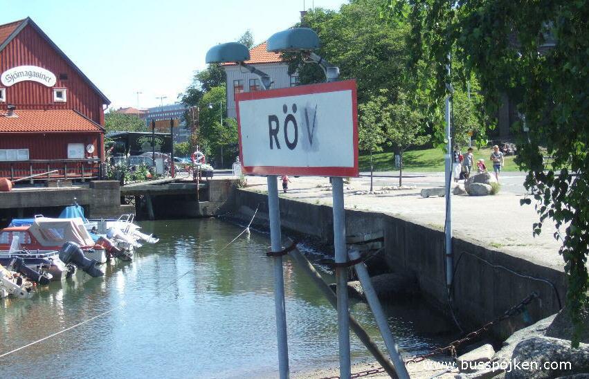 Varning för röv in 2009. Klippan, tram 9 or 11, or bus 90.
