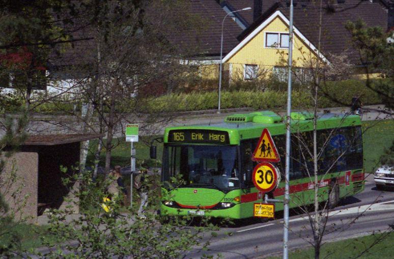 Nyköping 1109, route 165, by Svampvägen.