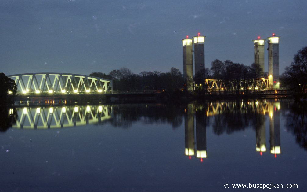 Trollhättan railway bridge.