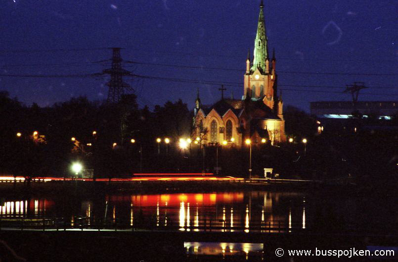 Trollhättan church from Störmkarlsbron by night.