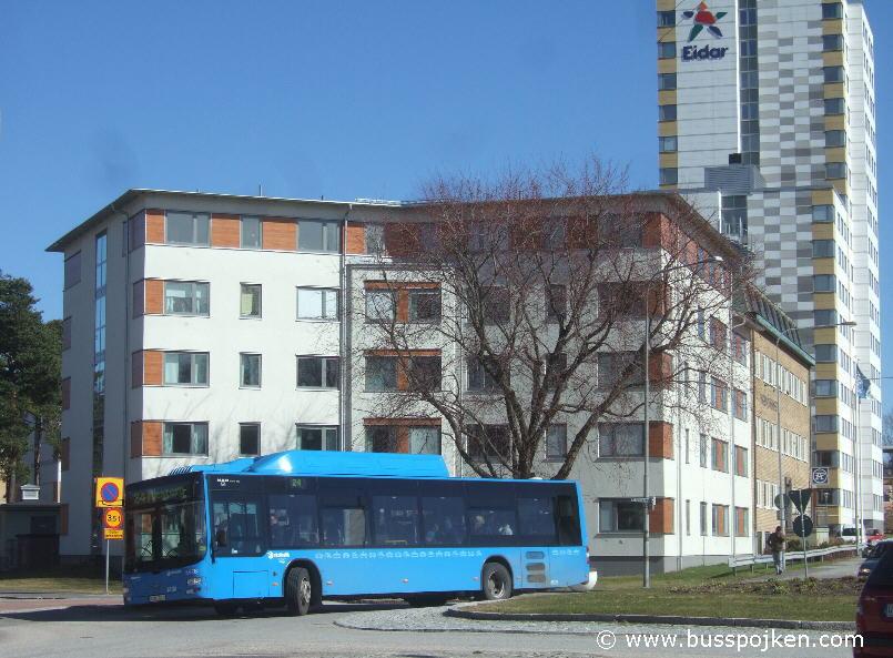 Nobina 6626-24, by Mjölnaregatan in Trollhättan 2011.